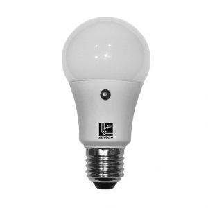 led-lampa-axladi-e27-7w-me-fotokyttaro-meras-nyxta-129